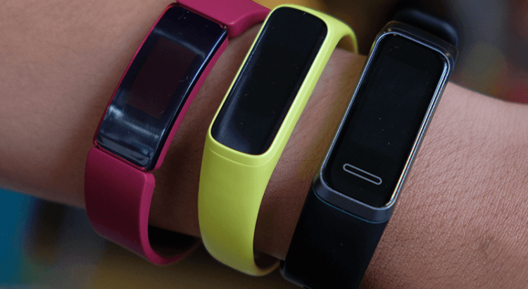 Samsung Galaxy Fit e vs Huawei Band 4 vs Fitbit Inspire